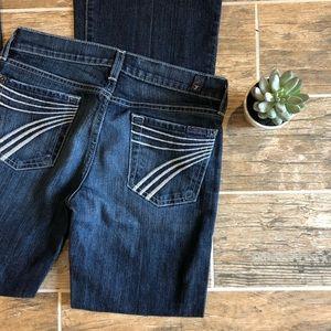 7FAM Jeans Dojo Wide Leg Flared Jeans. Size 25